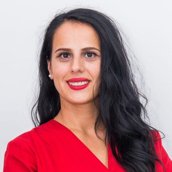 Dr. Livia Neacsu